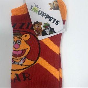 """THE MUPPETS """"Fozzie Bear"""" Footie Socks Sz.5-10 NEW"""